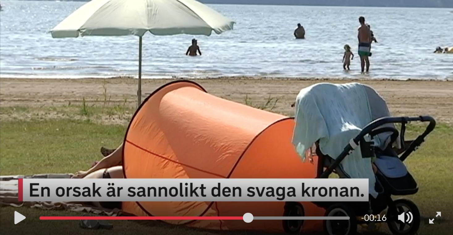 Многие шведы все чаще остаются на отпуск дома из-за слабой кроны и беспокойства по поводу климата - СМИ